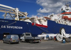 Cable laying ships using GUARDIAN in the fight against piracy